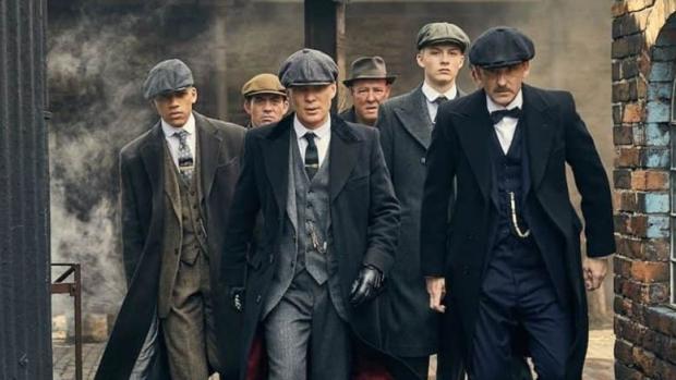Vestirse al estilo 'Peaky Blinders', cuatro claves para conseguirlo